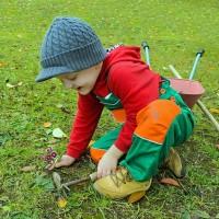 Barneklær og sikkerhet – fire gode råd for sikkert tøy til barn