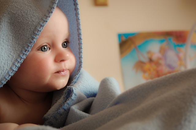 Varme og mette barn som sover godt er fornøyde – til stor glede for mor og far