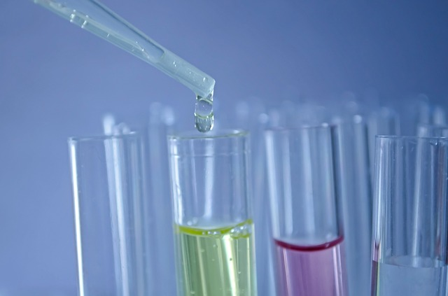 Man bør unngå å utsette både barn og voksne for unødvendige og skadelige kjemikalier.